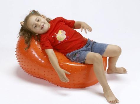Киндербол бобовидной формы «Боб 500с» - ? 50см, длина 80 см (оранжевый, сенсорный)