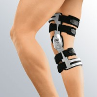 Жесткий корсет для коленного сустава m.4 операция по тазобедренным суставам