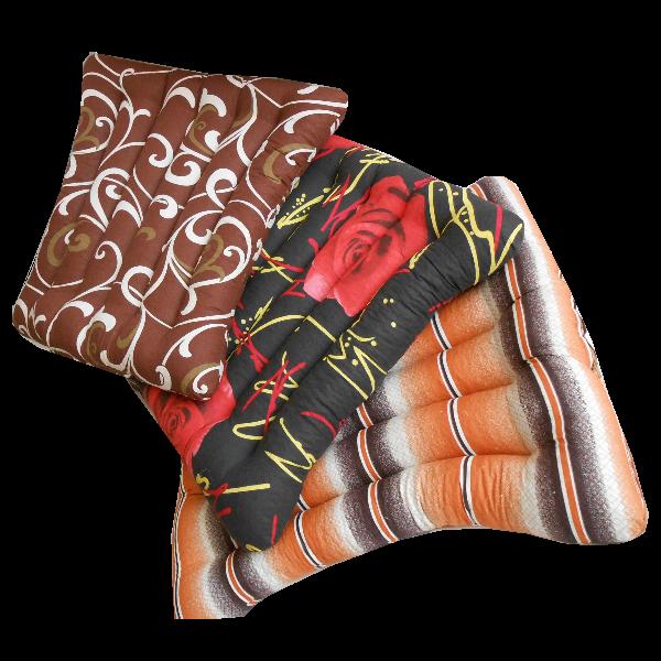Сиденье из гречневой шелухи, ткань Голд Лотос (50х50 см)